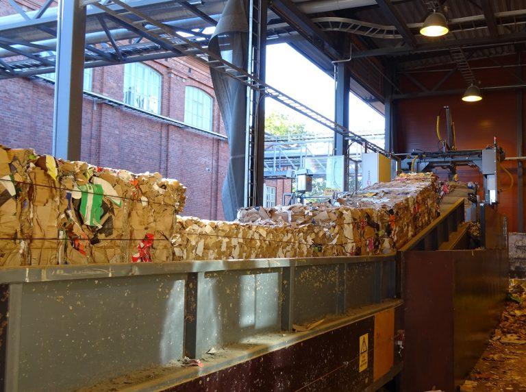 recycled-cardboard-infeeding-conveyor to CW Dewiring